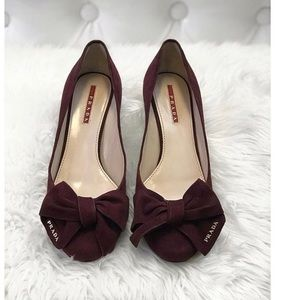 Prada heels size 37
